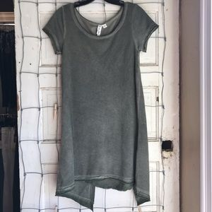 Others Follow Short Sleeve Tunic Olive Size Small